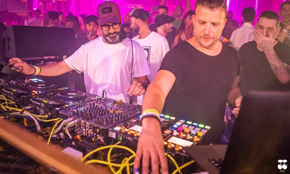 La discoteca Pachá de Ibiza adquiere 6 mezcladores Xone:96 de Allen & Heath