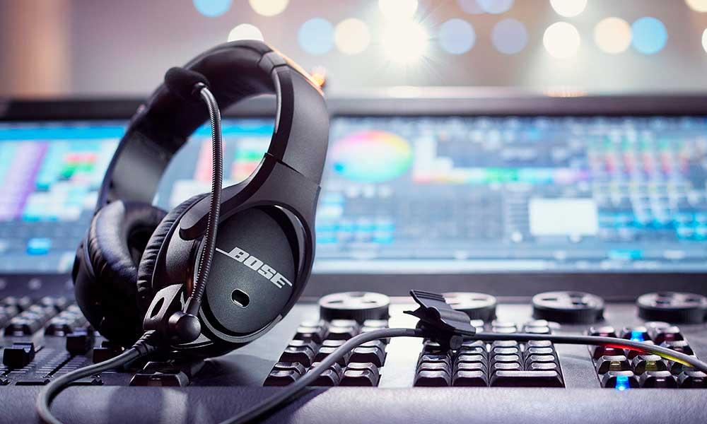 Debut del microauricular Bose SoundComm B40 en ISE 2020