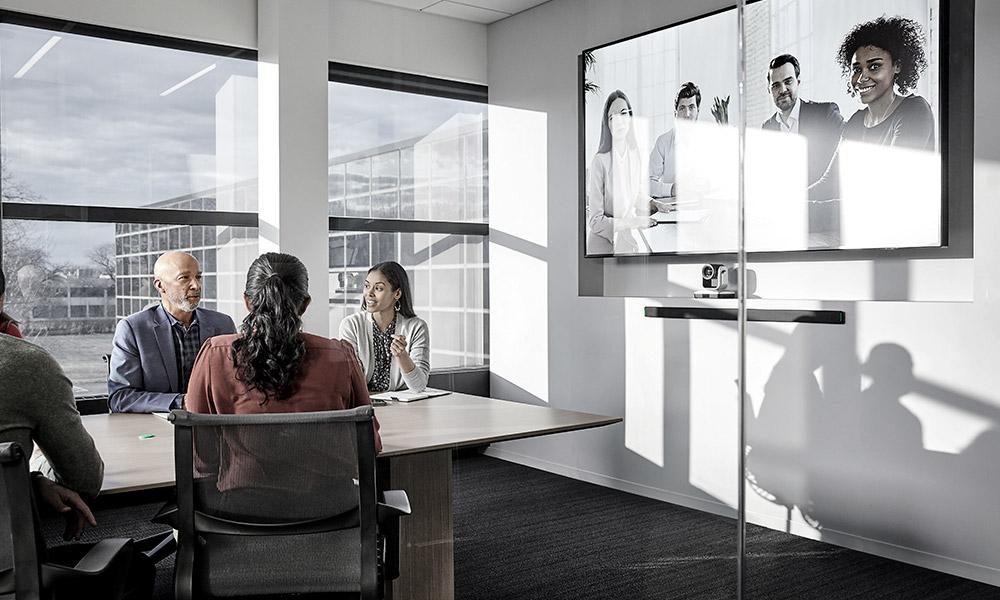 Shure completa su ecosistema con nuevas soluciones de audio para conferencia y reuniones