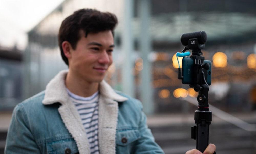 El nuevo micrófono MKE 200 mejora el audio para cámaras y dispositivos móviles
