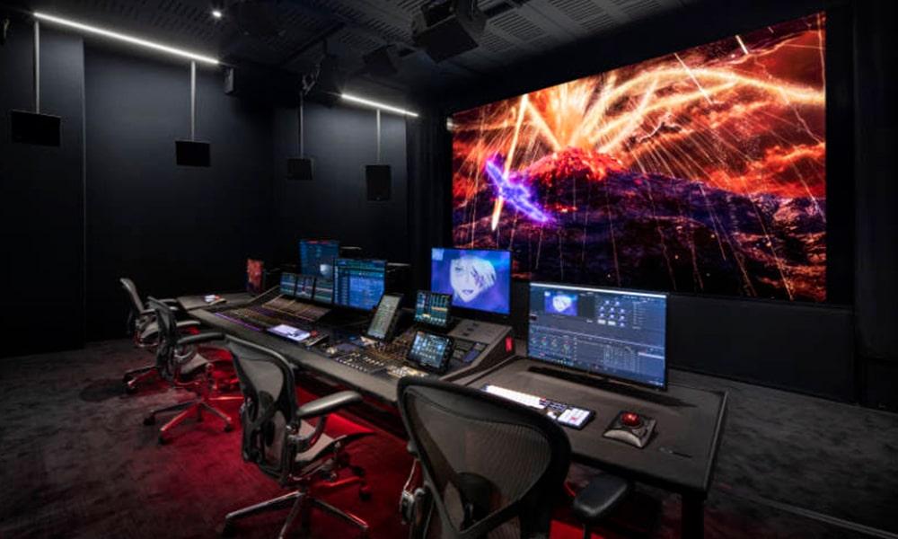 Ultra Reflex de Meyer Sound, la solución para una fidelidad superior de sonido envolvente con pantallas de vídeo
