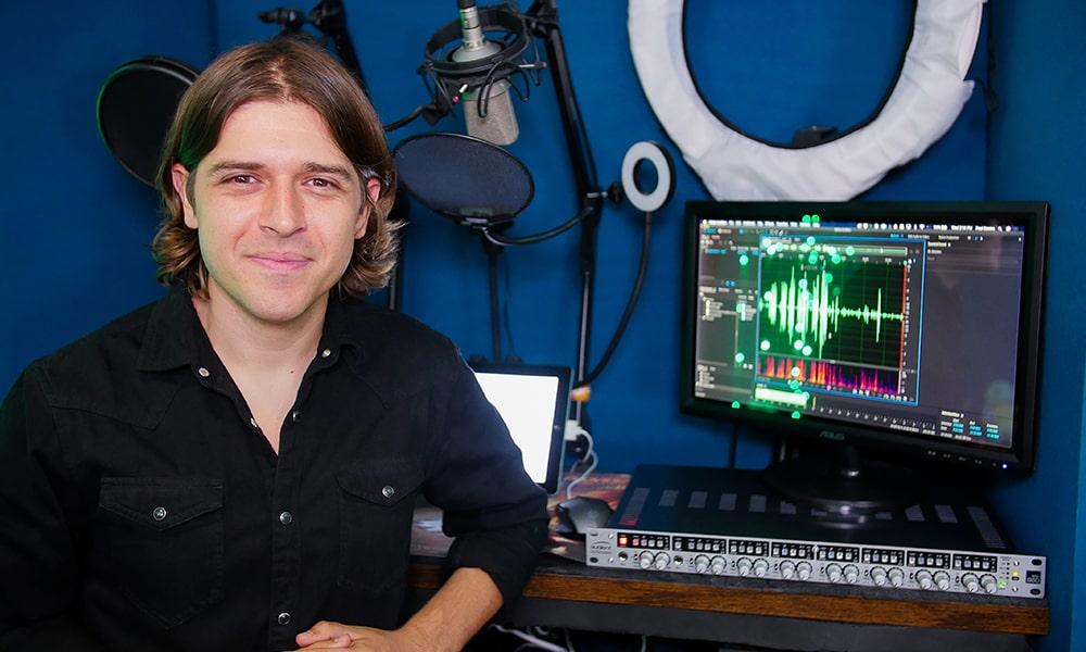 El actor de doblaje de Netflix Paul Castro Jr confía en Audient y EVO para su home estudio